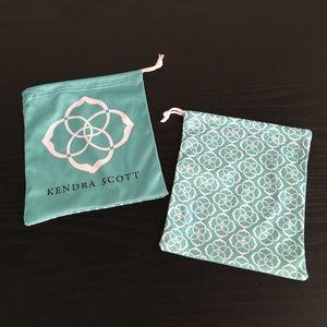 Kendra Scott Handbags - Kendra Scott jewelry pouches