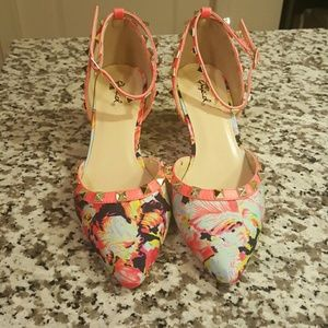 Qupid Shoes - Ankle Strap Floral Heels
