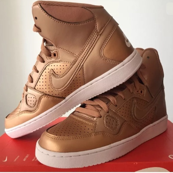 sélection premium 4bfc3 502f2 NIKE BRONZE HIGH TOP SNEAKERS SZs 8 & 9 NWT