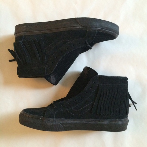 NWT high top moccasin style vans. M 576346f1981829e41f004db4 3a469d00b