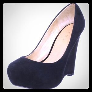 L.A.M.B. Plum Wedge Platform Pump