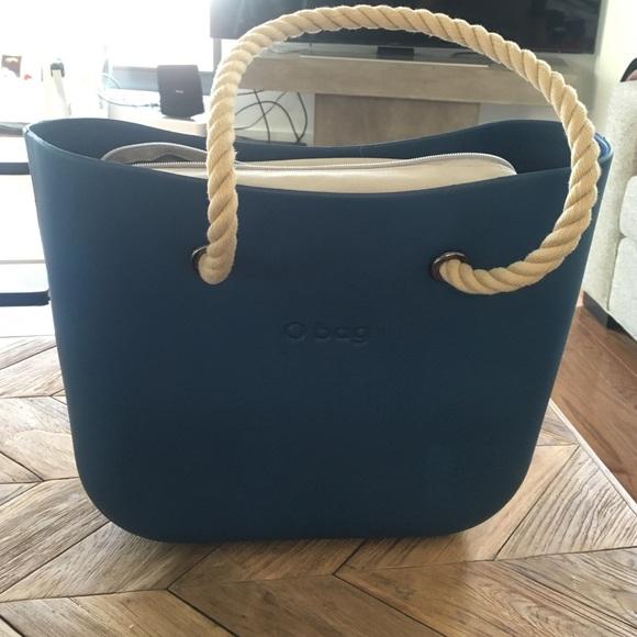6382b8c45 Italian tote bag with extra handles. M_5763fb88713fde2e5b017241
