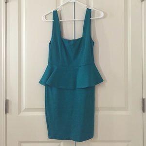 Alice + Olivia peplum sleeveless dress size 0