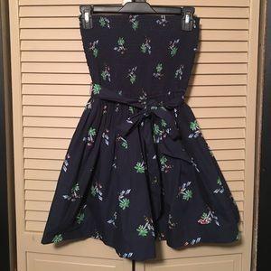 Hollister Dresses & Skirts - NWOT Hollister Tropical Sundress