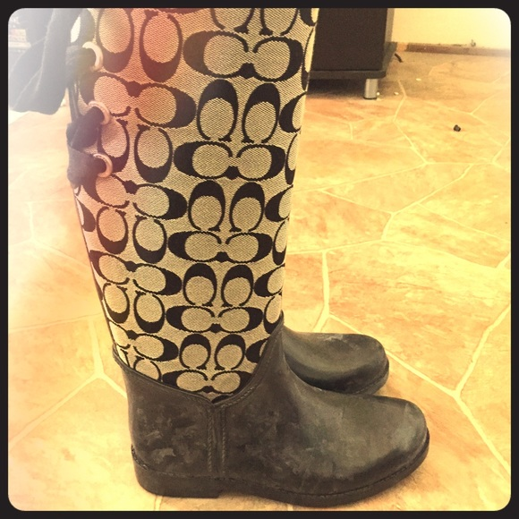 d5eef82067f Coach rain boots size 7 bought at Nordstrom Rack.