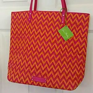 Vera Bradley Handbags - NWT Vera Bradley tote pink orange chevron