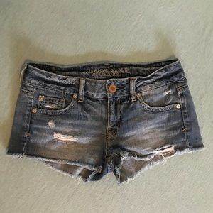 American Eagle | Distressed
