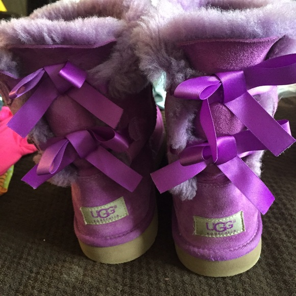 Purple bow tie ugg boots!