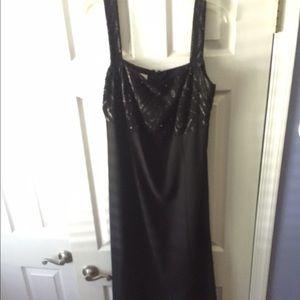 Dresses & Skirts - Black