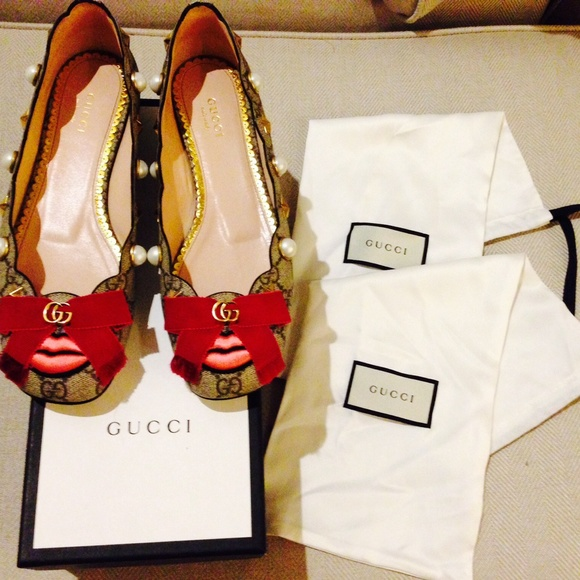 61bc682f7 Gucci Shoes   Lexi Studded Gg Supreme Lip Ballet Flats Sz38   Poshmark