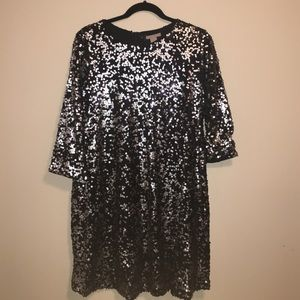 ⚡️FLASH SALE⚡️Black and Silver Sequin Dress