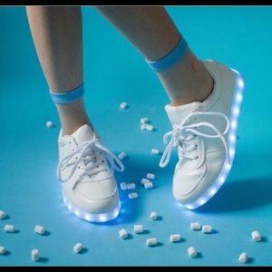 LED Shoes- women sizes last pairs