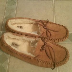 Shoes - Women's uggs size 10