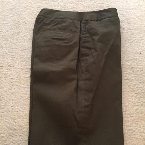 e08dca0f21dc3 Polished cotton olive green ladies pants -sz2