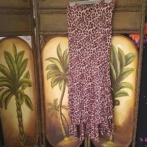 Nostalgia Dresses & Skirts - Skirt handkerchief hem