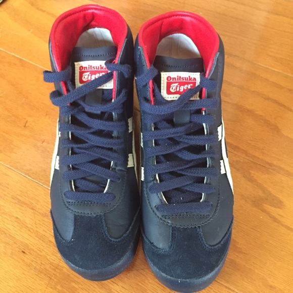 outlet store c0c0a 5d015 Onitsuka Tiger Mid Runner