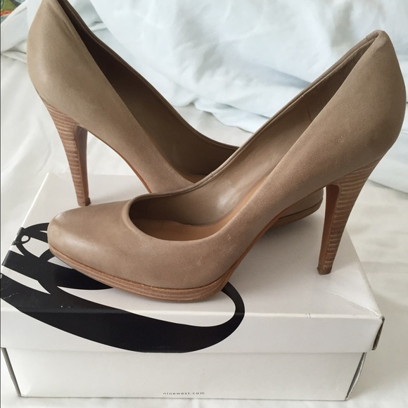 2d1931be503 Nine West Taupe Leather Rocha Heels
