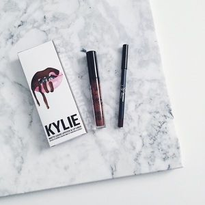 Kylie Cosmetics Other - 🎉 TRUE BROWN K | LIP KIT