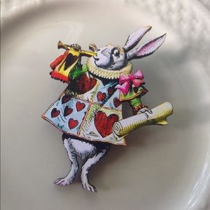 Abbie's Anchor Jewelry - 🐇The White Rabbit Alice in Wonderland Brooch🐇