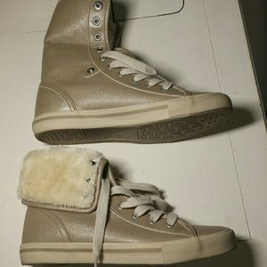 Joe Boxer hi top shoes