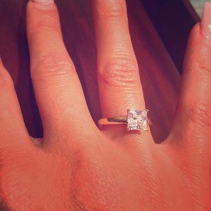 14k Gold 1.00ctw Man Made Princess Cut Diamond