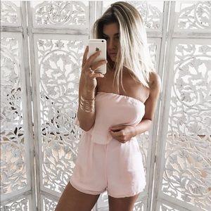 GlamVault Pants - 🆑 5⭐️ Pink Strapless Flutter Romper with Pockets