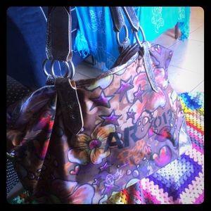 LeSportsac Handbags - Cool bag for summer!😘😎🌴💋❤️☀️🏝🏖👜🌸⛵️🌦🛍