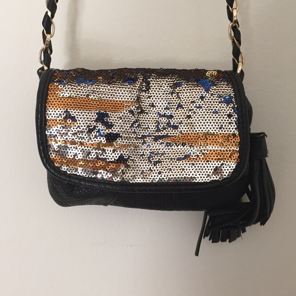 Deux Lux Handbags - Deux Lux tassel sequin purse