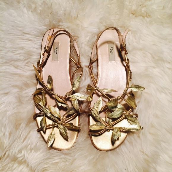 9076cfd0df6230 PRADA Gold Leaf Grecian Sandals EUC AUTHENTIC 35.5.  M 5765c8ffea3f363cf000d38b