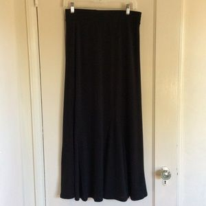 Willow & Clay Dresses & Skirts - Willow & Clay Black Knit Skirt