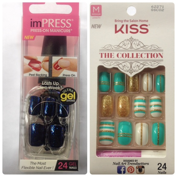 Glittery Navy Blue And Teal Designer Nails Nwt