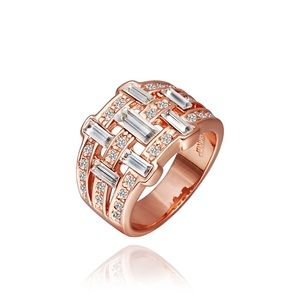 Jewelry - Rose gold cubic zirconia ring size 8