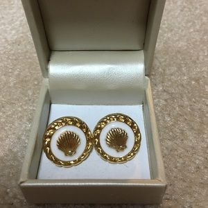 Lilly Pulitzer Jewelry - NWOT Lilly Pulitzer Earrings