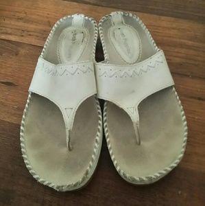 Hush puppies sandals 6
