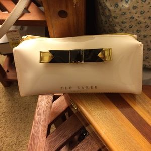 Ted Baker Bow Makeup Case