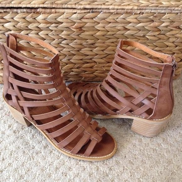 cec68ab22532 Crown Vintage Shoes - Crown Vintage Annika Gladiator Sandals