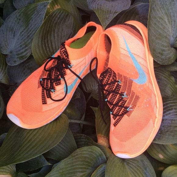 Nike Flyknit Barefoot Ride 3.0 Running Shoes Neon orange