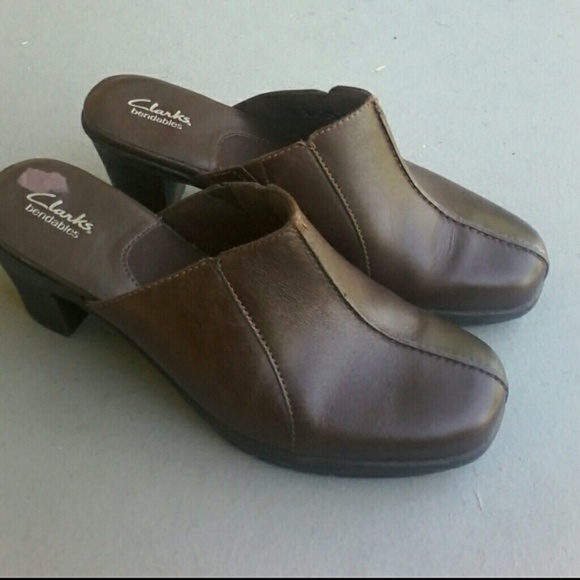 27a348b76dff47 Clarks Shoes - NEW Clark s bendable mules Style 81798 in size 7M