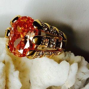 Jewelry - 🌺 Beautiful Halo Topaz 18K Rose Gold Ring