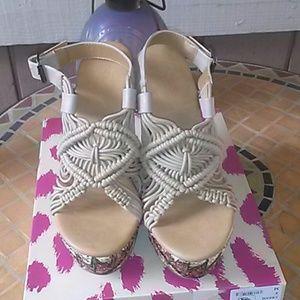 Women's summer shoe