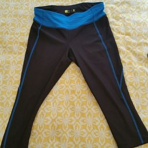 Xersion Women's Workout Capri's