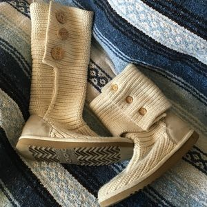 UGG Classic Cardy Knit Boots- RARE COLOR