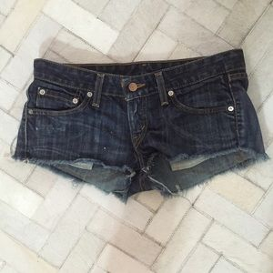 VINTAGE LEVI'S CUT OFF SHORTS 524