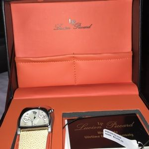Lucien Piccard Accessories - Italy Lucien Piccard Diamond Cream Stingray Watch
