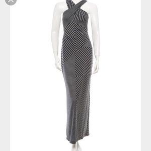 under.ligne Dresses & Skirts - Criss-cross maxi dress!