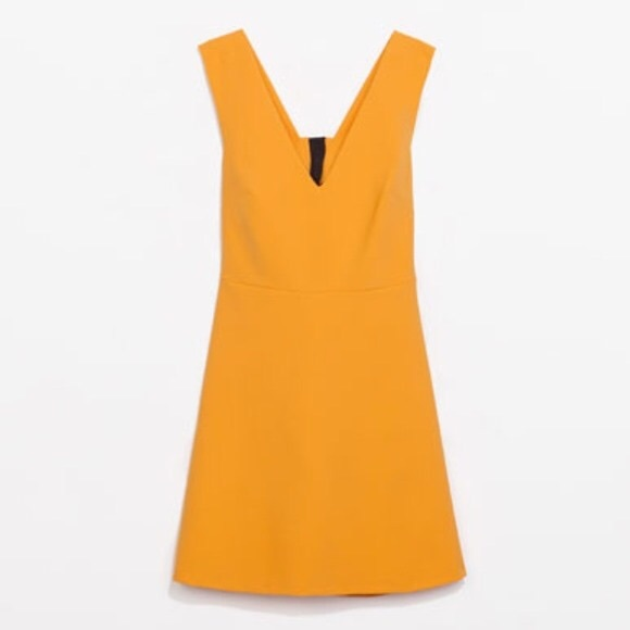 Zara Dresses - HP 🔥 Zara Flared Dress with Bow At Back Size Sm