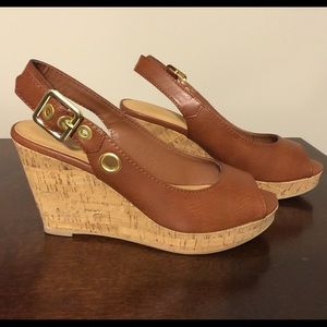 City Classified Wedges 7.5 Camel Brown Tan