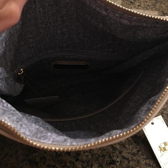 Urban Expressions Bags - Black & Tan Clutch or Crossbody 💝