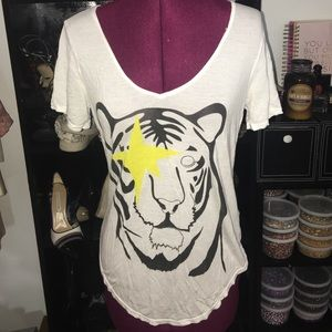 Dirtee Hollywood Tops - DirTee Hollywood White tee size small