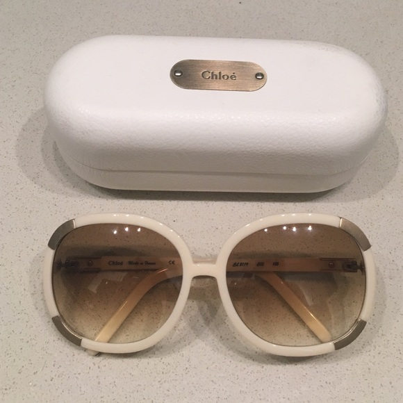 6290bd315f0f Chloe Accessories - Chloe Sunglasses round oversized frames w  case